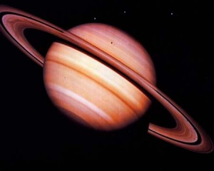 saturn-pierscienie